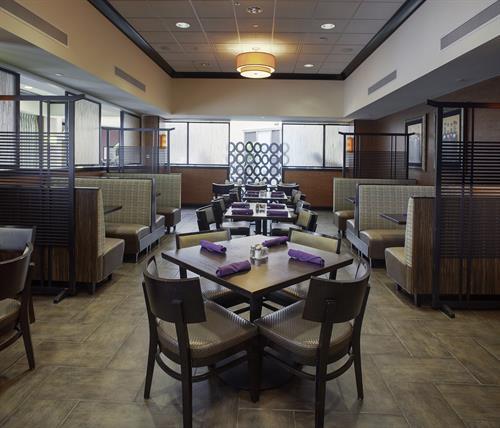 DoubleTree Suites by Hilton Bentonville- Restaurant