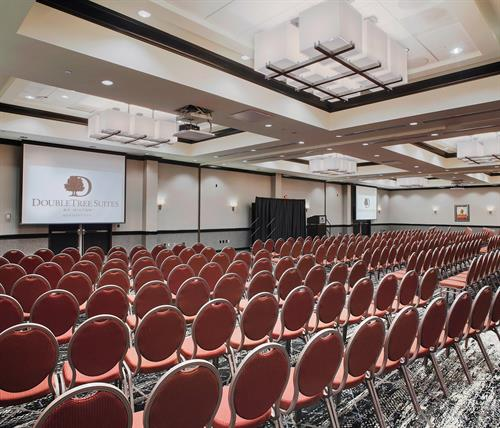 DoubleTree Suites by Hilton Bentonville- Ballroom