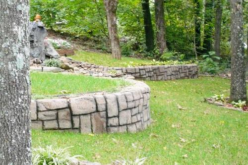 Gallery Image retaining-wall-builder-contractor-shotcrete-stamped-concrete-aquacrete3.jpg