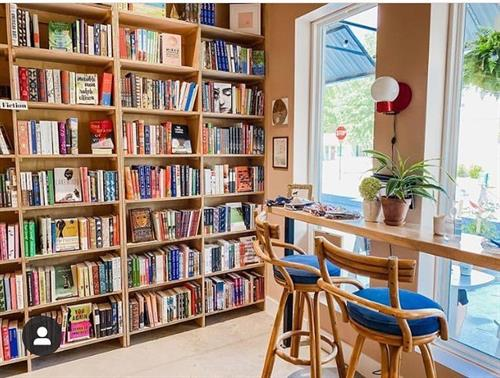 Gallery Image interiorbookstore.jpg