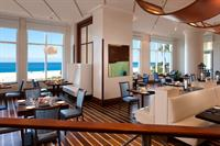 3800 Ocean, oceanview dining
