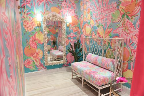 Hand-painted fitting rooms