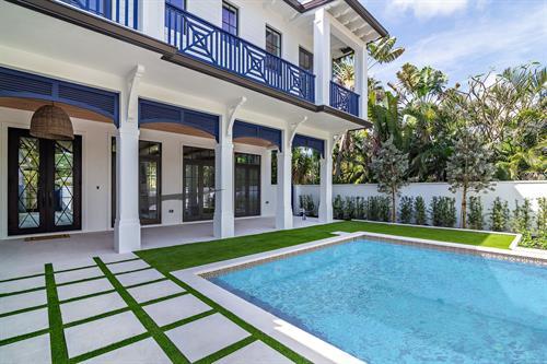Casa De Azul