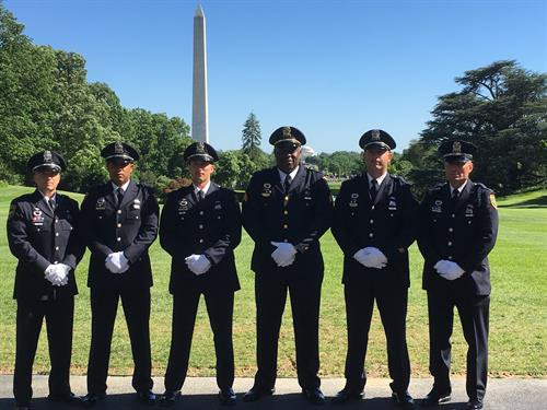 Gallery Image DC_Honor_Guard_Washington_Monument.jpg