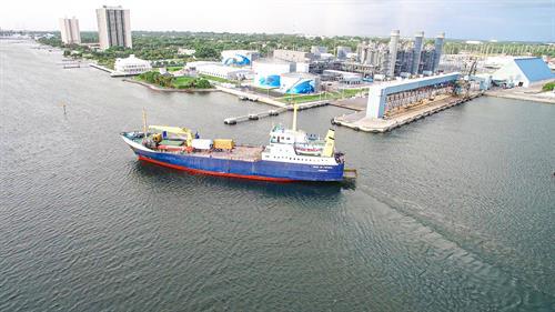 Duke of Top Sail RoRo vessel arriving at Port