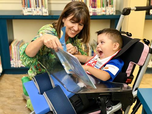 Occupational Therapist Donna Holmstock with a preschooler