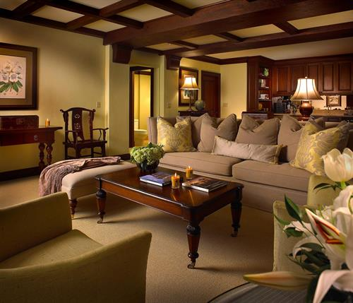 Traditional One Bedroom Suite Living Room