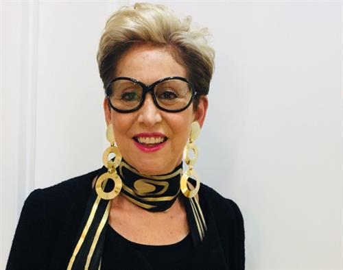 Bonnie Roseman, Stylist & Wardrobe Architect