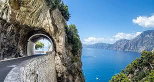 Gallery Image Amalfi_Coast_road.jpg