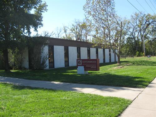 Cottonwood, Inc. 2801 W 31st St
