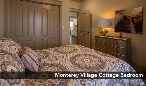 Gallery Image MontereyVillage-Cottage-bedroom.jpg