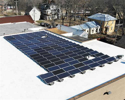 41kW Commercial SunPower Solar Array - ESLighting, Lawrence, KS