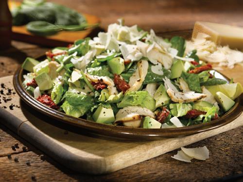 Gallery Image Salad_SpinachChickenAvocado_72dpi.jpg