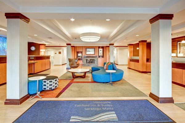 Fairfield Inn & Suites - Marriott/Saratoga-Malta