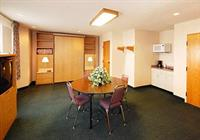 Spacious Suite With Murphy Bed