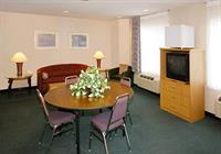 Spacious Suite With Dining Area