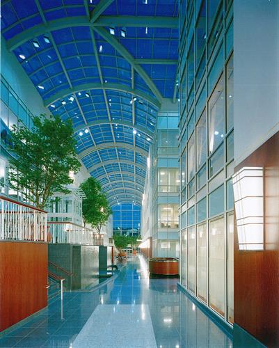 Gallery Image Riverside_20Center_20Interior_20atrium_20hallway.jpg
