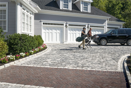 Tribeca Cobble Driveway with Copthorne Accent.