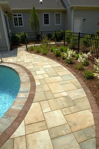 Pool Patio in Beacon Hill Flagstone with Brussels Fullnose Coping.