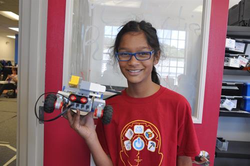 Gallery Image Robotics_Girl.JPG