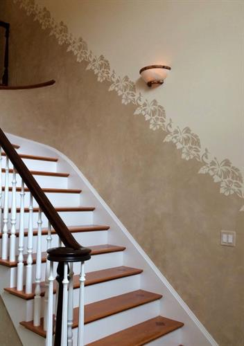 Transitional Border Pattern/soft metallic plaster