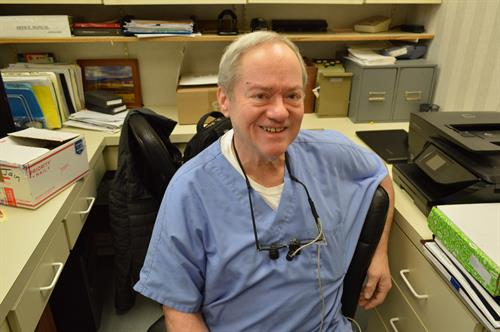 Dr Roland E. Vanaria DDS