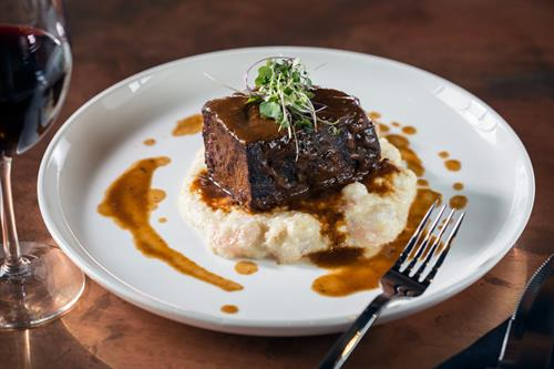 Gallery Image ShortRib.Mains.20161208.001.jpg