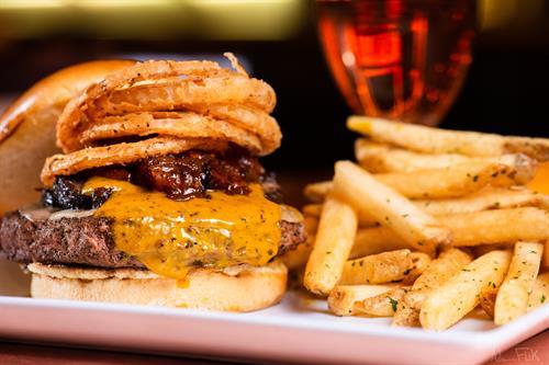 Gallery Image Smokehouse.Burgers.20190123.002.jpg