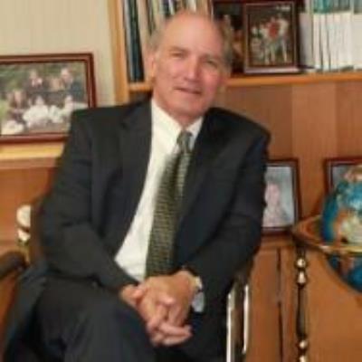 Alan J. Schlesinger