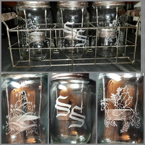 There are three mason jars tea lights, each one has different drawings: a Christmas three made of horses, the initials for the receiver and a Holiday horse. This gift was  hand engraved for someone who horses are her hobby and passion. What is yours to make a memento unforgettable?