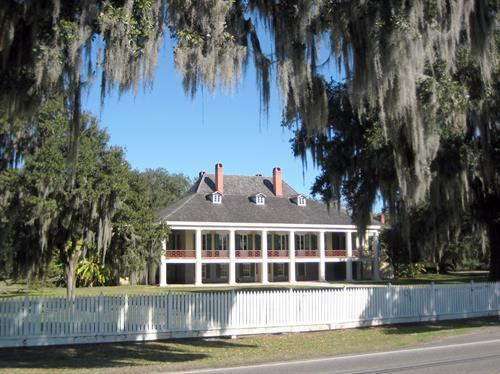 Destrehan Plantation from Historic River Road