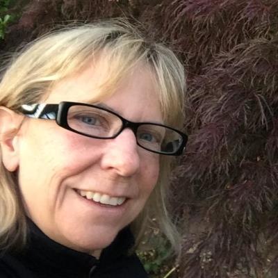Suzanne Skone