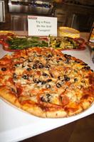 Have you ever tried pizza on the grill? DELISIOUS!