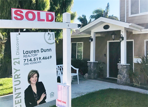 Listed this home in Anaheim and sold it 8 days later. Let's talk about your real estate goals -- I'd love to help you achieve them.