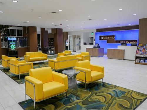 Wyndham Anaheim Lobby