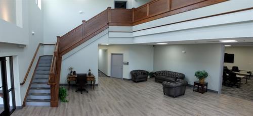 MaxVision Lobby