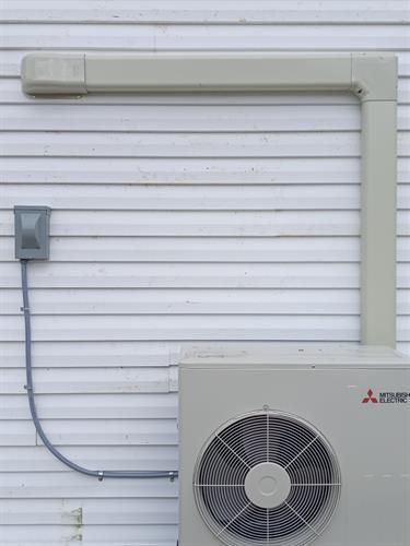 Mitsubishi Mini Split cooling system for individual rooms