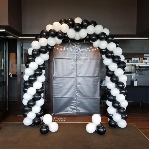 Gallery Image Balloon_arch_column_Huntsville_AL.jpg