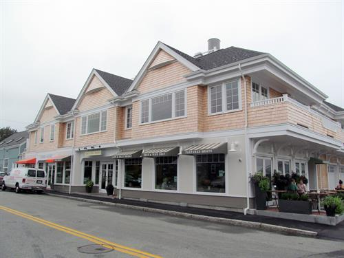 Gallery Image mixed-use-commercial-residential-redevelopment-after.JPG