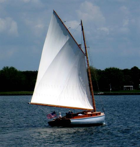 Summer Sail on a classic gaff rigged 1926 yacht