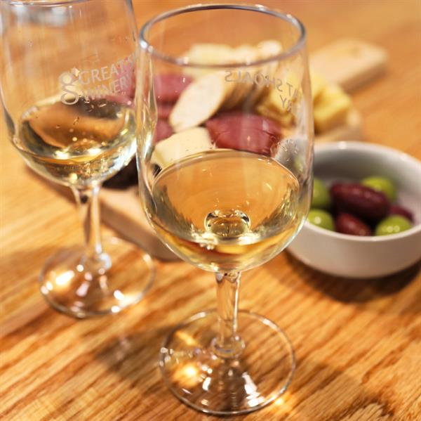 Wine and small plate samples from Great Shoals Cellars - Becky Stavely  @ourendlessadventure