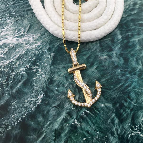 Gallery Image Foulded_diamond_anchor_necklace.jpg