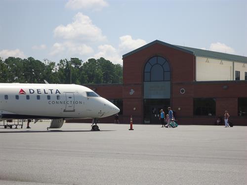 Gallery Image Airport_Photo_2.jpg
