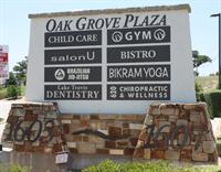 Gallery Image Oak_Grove_Plaza.jpg