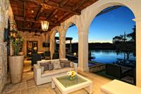 Gallery Image Horseshoe_Bay_Lakefront_Retreat_Outdoor_Terrace.jpg