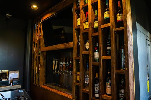We have a curated bar featuring local Texas draft beer, infusion cocktails, spirits and wine.