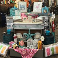 Beachy decor & handmade designs by artists that customize to the Bethany/Fenwick area.