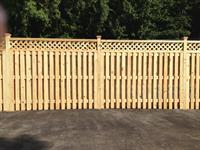 Vertical Wyngate Fence with Lattice Topper