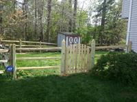 3 Rail Split Rail with Wire mesh & spaced oval gate