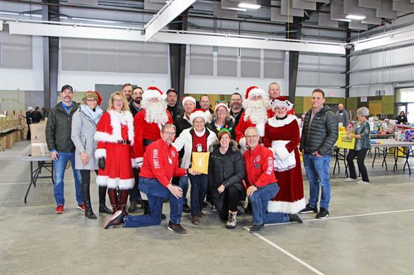 Gallery Image ABA-Santa-Run-2019-40.jpg